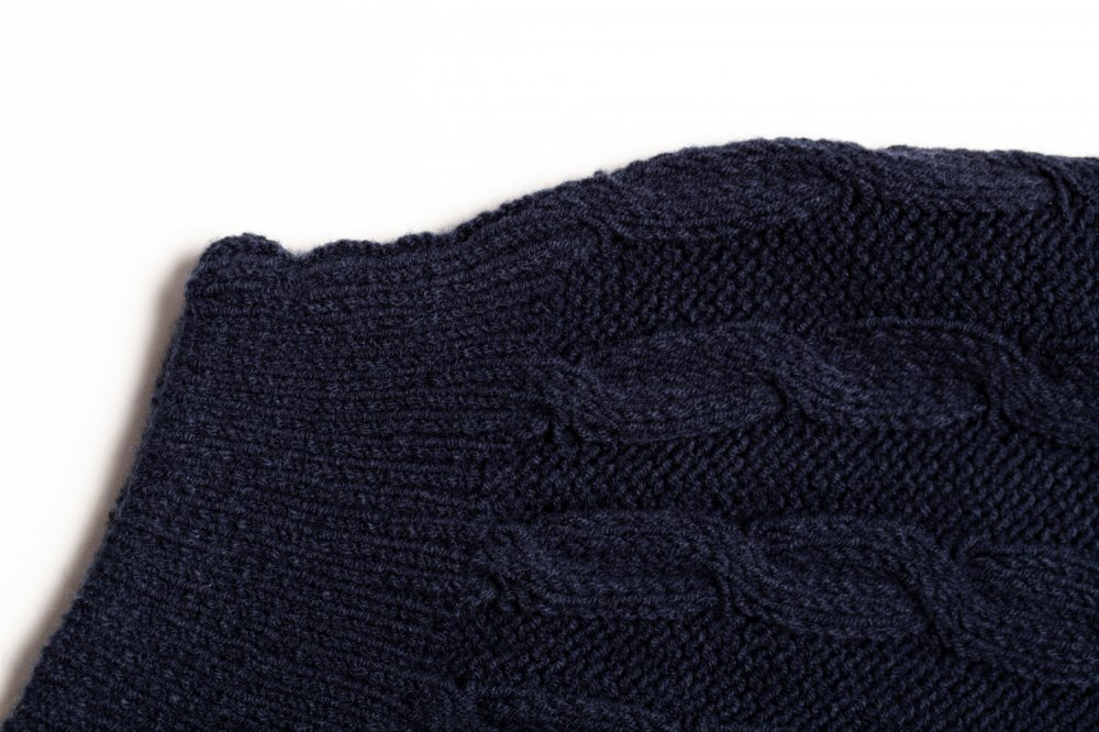 THE DOLMAN SLEEVE CABLE KNIT (NAVY)