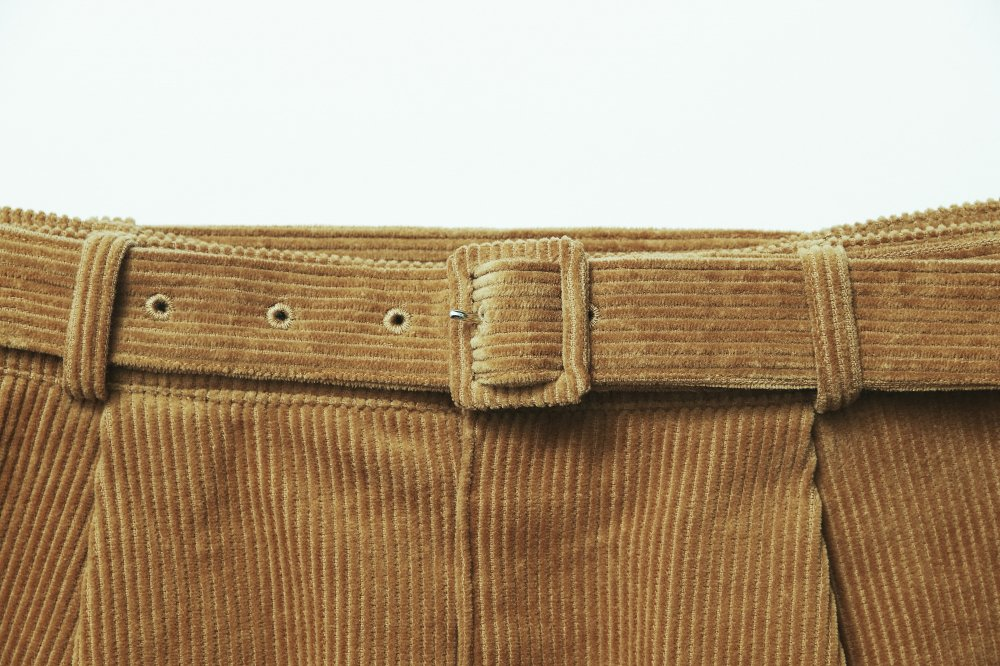 THE CORDUROY PENCIL SKIRT (CAMEL)