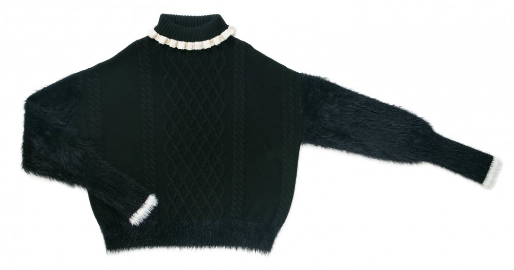 THE SHAGGY DOCKING TURTLE NECK KNIT (BLACK)