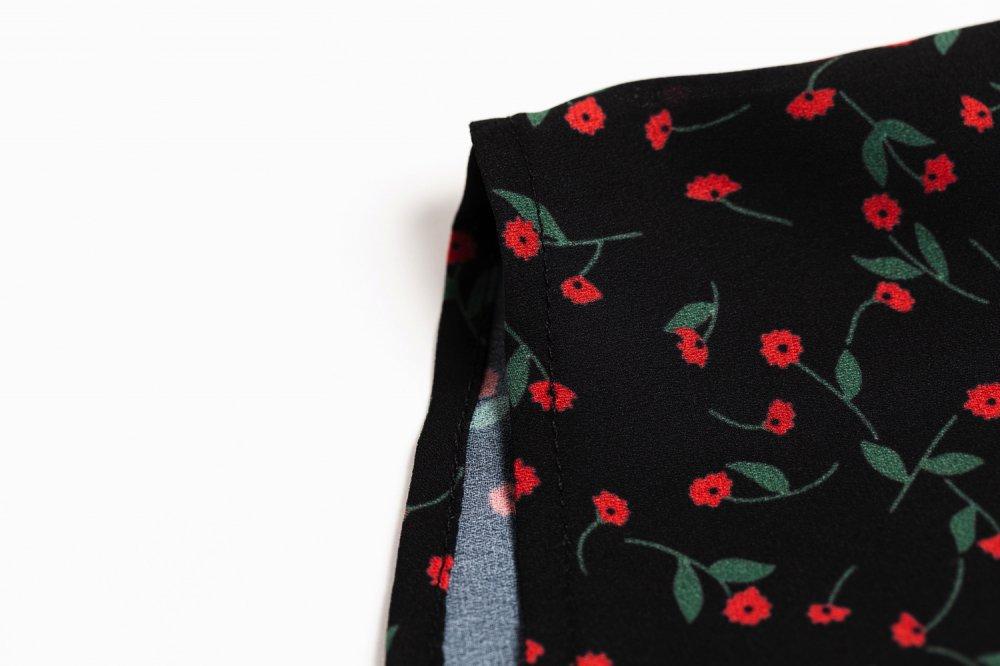 THE PETIT FLOWER FRILL TOPS
