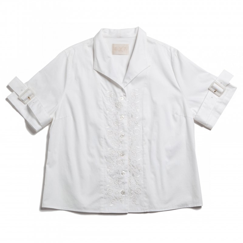 GYF TOKYO - THE BUCKLE SLEEVE EMBROIDERY TOPS(WHITE)