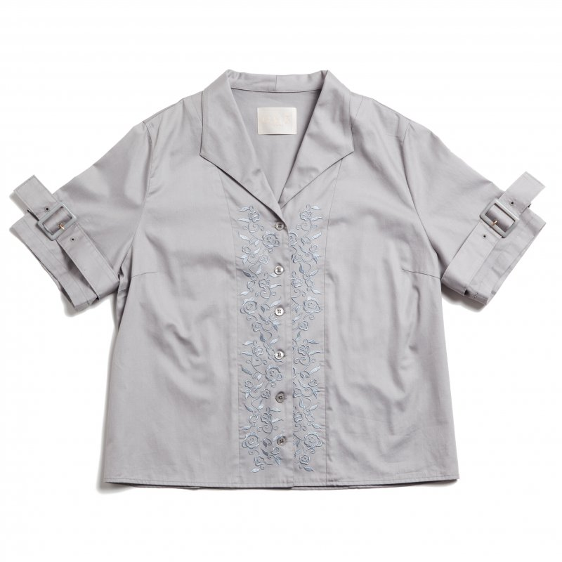 GYF TOKYO - THE BUCKLE SLEEVE EMBROIDERY TOPS(GRAY)