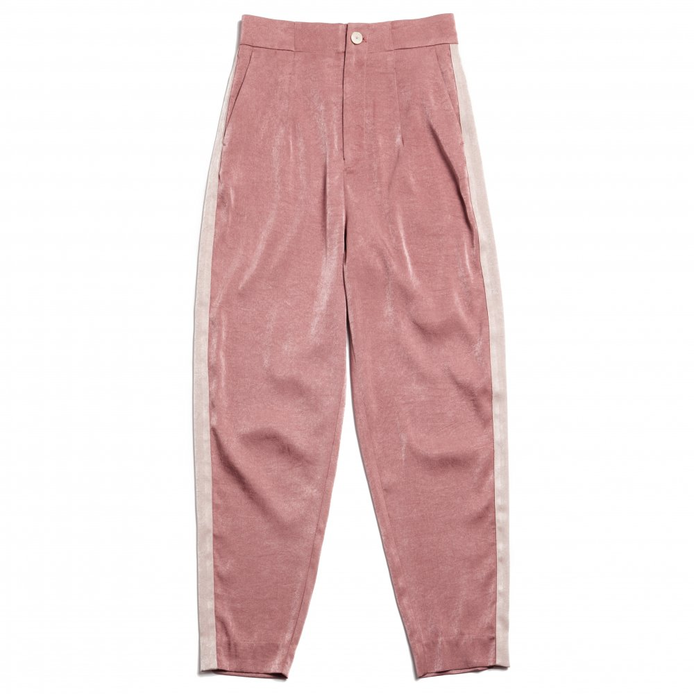 THE ALL SATIN SIDE LINE PANTS<img class='new_mark_img2' src='https://img.shop-pro.jp/img/new/icons21.gif' style='border:none;display:inline;margin:0px;padding:0px;width:auto;' />