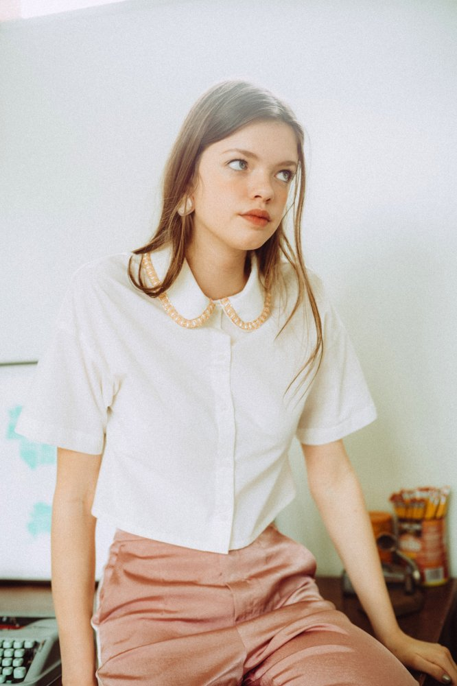 THE BEADS COLLOR SHORT SHIRT TOPS