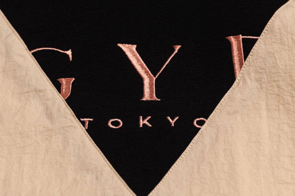 THE GYF LOGO HOODED PULLOVER(PINK)