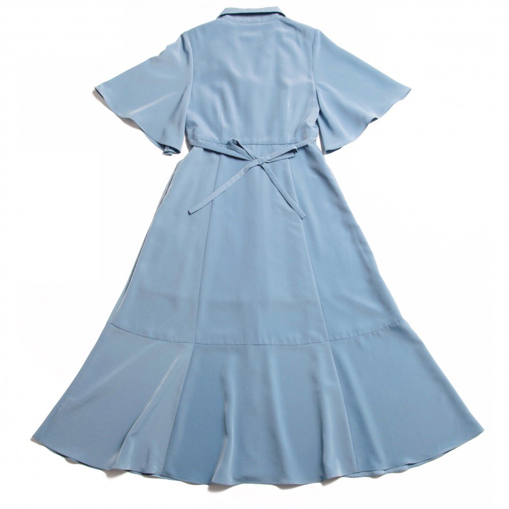 THE TRIANGLE COLLAR MAXI DRESS (LIGHT BLUE)