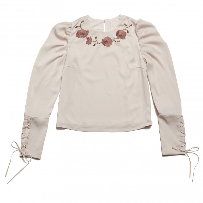 GYF TOKYO - THE FLOWER EMBROIDERY POWER SHOLDER TOPS (IVORY)