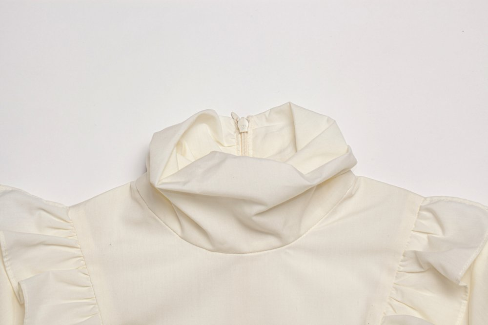 THE HIGH NECK FRILL BLOUSE