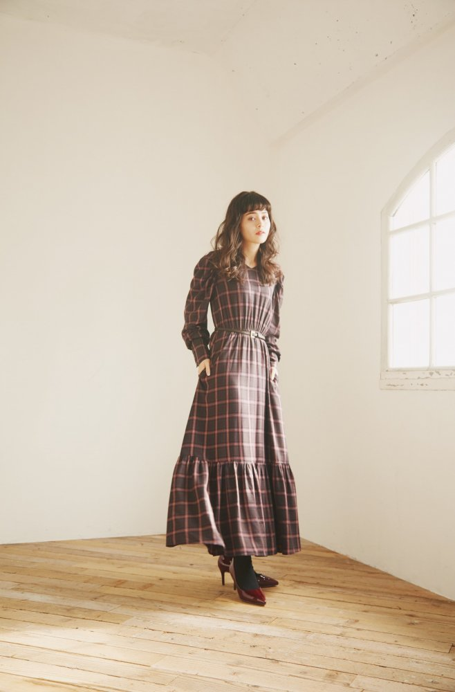 THE BIG CHECK PATTERN DRESS WITH BELT (NAVY)