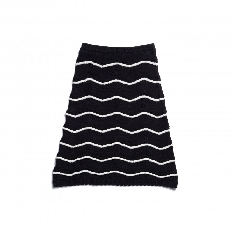GYF TOKYO - THE SPRING KNIT STRAIGHT SKIRT(BLACK)<img class='new_mark_img2' src='https://img.shop-pro.jp/img/new/icons21.gif' style='border:none;display:inline;margin:0px;padding:0px;width:auto;' />