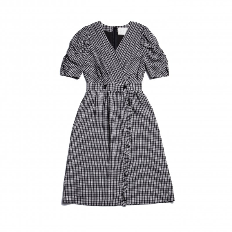 GYF TOKYO - THE GINGHAM CHECK FRILL DRESS<img class='new_mark_img2' src='https://img.shop-pro.jp/img/new/icons21.gif' style='border:none;display:inline;margin:0px;padding:0px;width:auto;' />