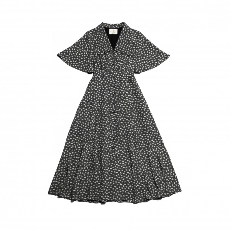 GYF TOKYO - THE TRIANGLE COLLAR MAXI DRESS (BLACK FLOWER)