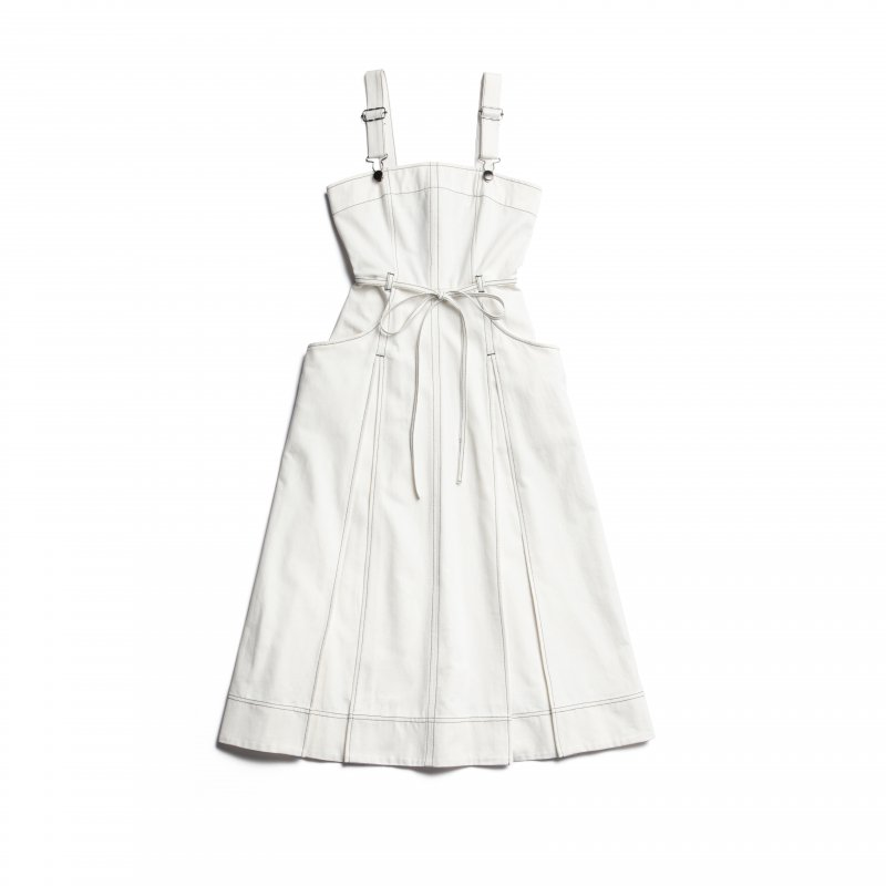 GYF TOKYO - THE DENIM JUMPER DRESS(WHITE)<img class='new_mark_img2' src='https://img.shop-pro.jp/img/new/icons21.gif' style='border:none;display:inline;margin:0px;padding:0px;width:auto;' />