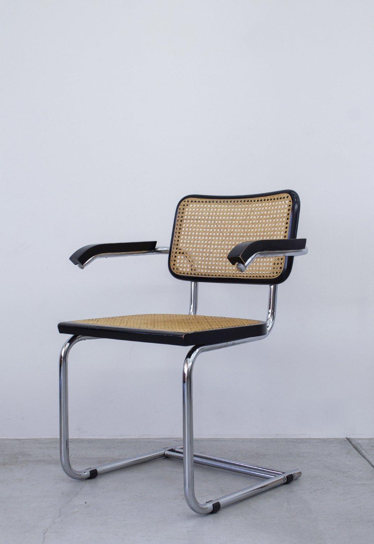 Marcel Lajos Breuer -Cesca Chair (Arm)