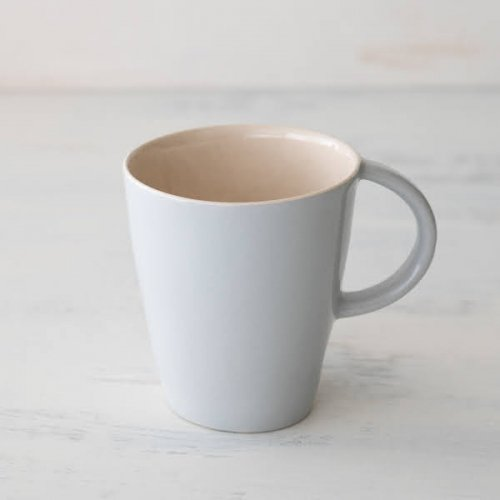 Brickett Davda<br>マグカップ  OAT