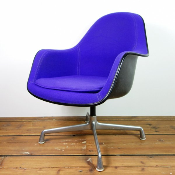 Loose Cushion Armchair