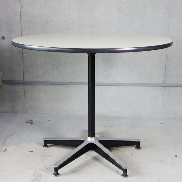 Eames Contract Base Dining Table (1st model)<img class='new_mark_img2' src='//img.shop-pro.jp/img/new/icons29.gif' style='border:none;display:inline;margin:0px;padding:0px;width:auto;' />