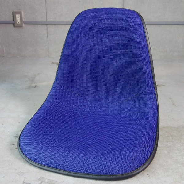Side Shell Upholstered / D