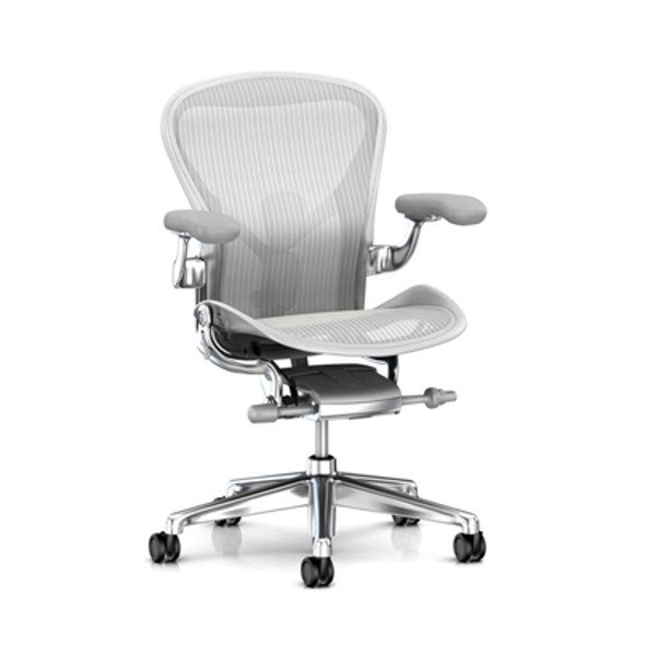 Aeron Chair Remastered  Mineral Frame / Polished Aluminum Base<img class='new_mark_img2' src='https://img.shop-pro.jp/img/new/icons61.gif' style='border:none;display:inline;margin:0px;padding:0px;width:auto;' />
