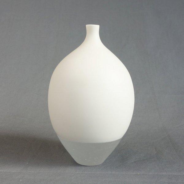 """静かな空 花器 (""""Shizukana Sora"""" Flower Vase)"""