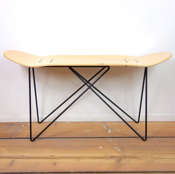 SKATE DECK STOOL (Black Base)