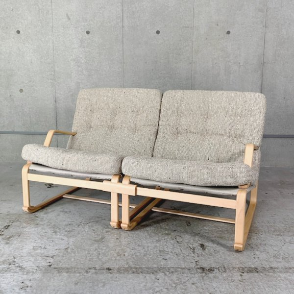 Sofa 2P(M-0567/0568/0001WB-NT 張地グレード:C)<img class='new_mark_img2' src='//img.shop-pro.jp/img/new/icons20.gif' style='border:none;display:inline;margin:0px;padding:0px;width:auto;' />