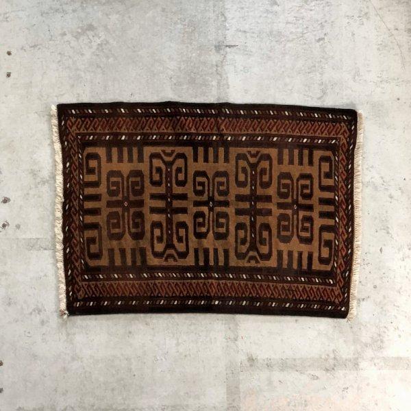 Tribal Rug / E