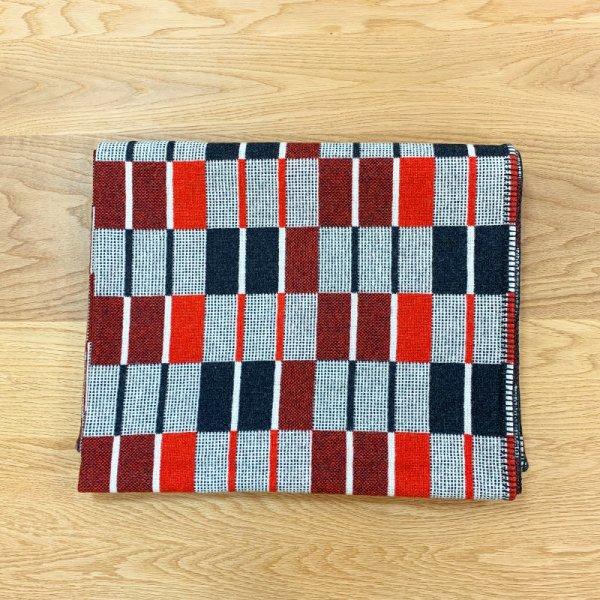 "Blanket ""Canasta"" / Eleanor Pritchard"