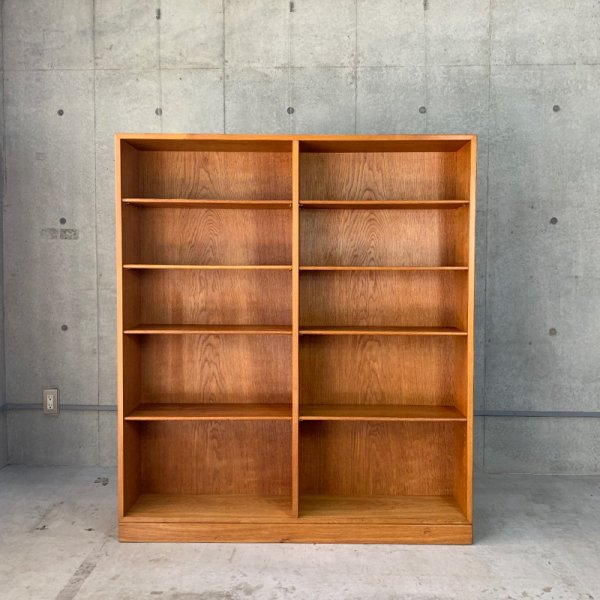 Book Shelf / No.154