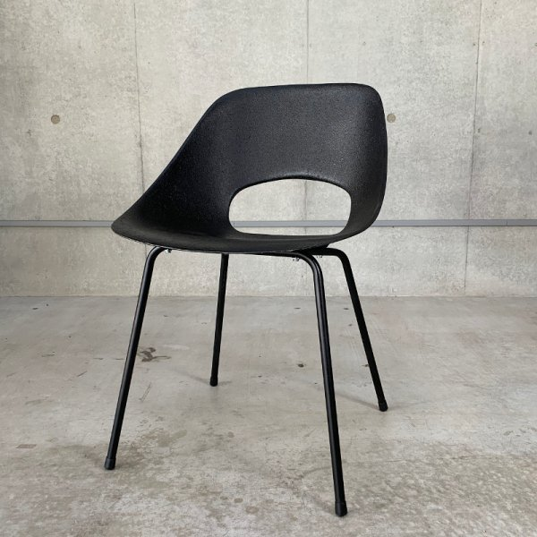 Tulip Chair (FRP) / Black<img class='new_mark_img2' src='https://img.shop-pro.jp/img/new/icons5.gif' style='border:none;display:inline;margin:0px;padding:0px;width:auto;' />