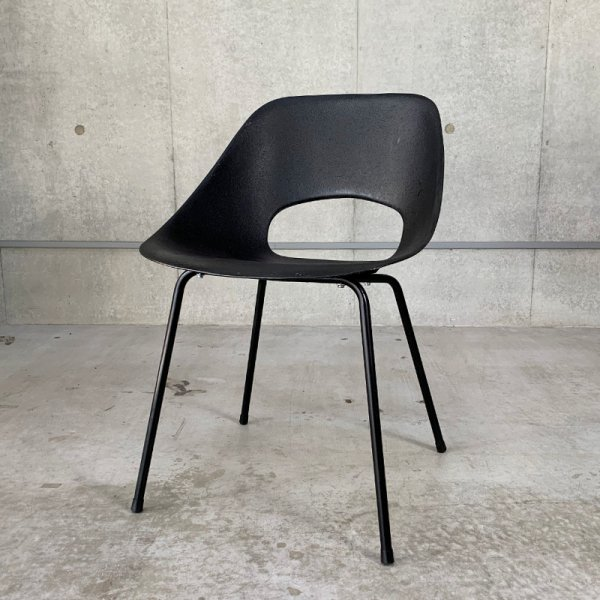 Tulip Chair (FRP) / Black