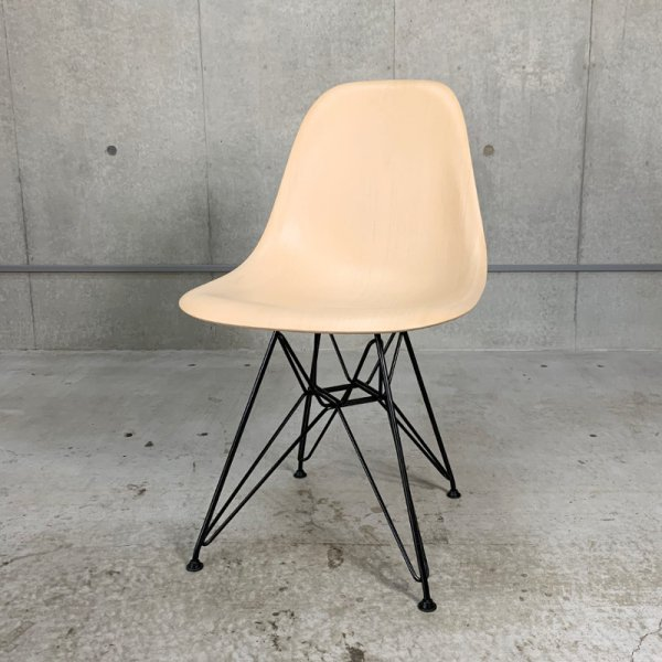 Eames Wood Shell Chair / Used