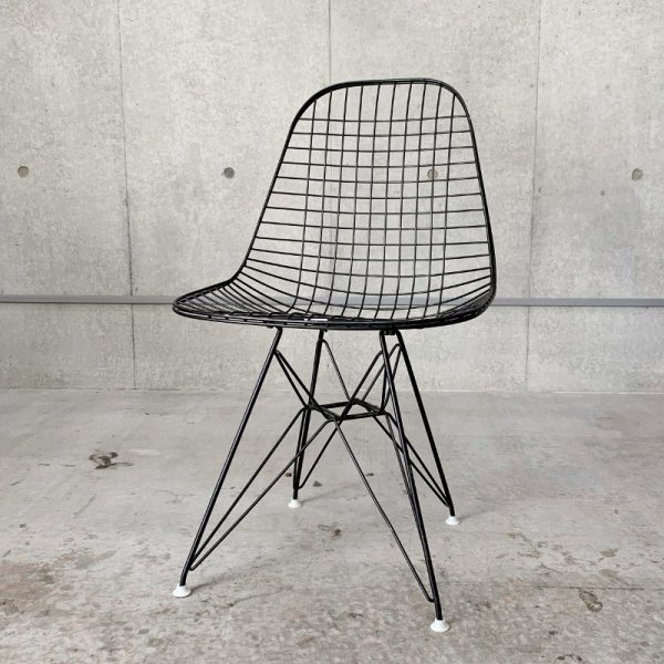 DKR / Eames Wire Chair