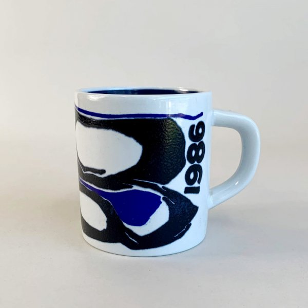 Year Mug 1986 / Royal Copenhagen<img class='new_mark_img2' src='https://img.shop-pro.jp/img/new/icons5.gif' style='border:none;display:inline;margin:0px;padding:0px;width:auto;' />