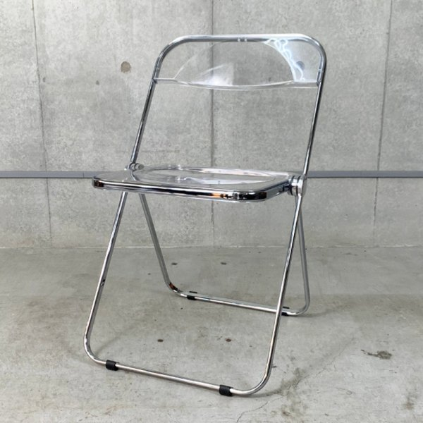 Plia Chair<img class='new_mark_img2' src='https://img.shop-pro.jp/img/new/icons5.gif' style='border:none;display:inline;margin:0px;padding:0px;width:auto;' />