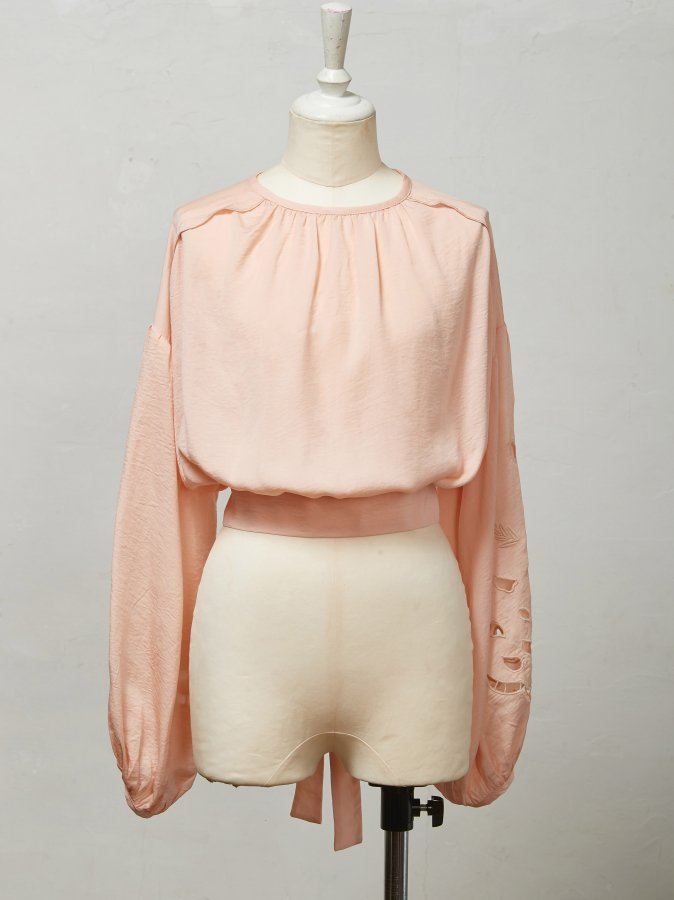 【Pre order】Rose Cut-work Blouse