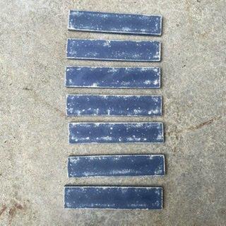 N様専用・デニムタイル(Dダメージブルー7)文字加工(1枚分)、両面テープ・ボンドなし