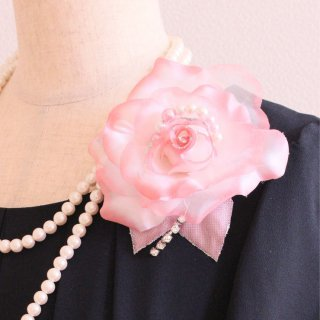 コサージュ   パール 装飾 つき ピンク バラ パール グラデーション コサージュ ケース付き