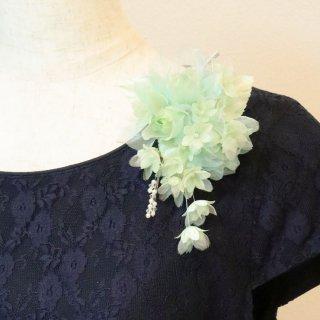 コサージュ | グリーン ・ イエロー ・ オレンジ  グリーン 緑 バラ 小花 パール コサージュ ケース付き
