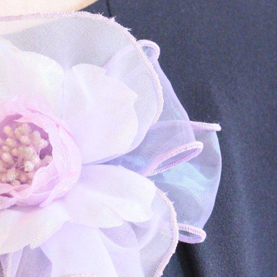 パープル 紫 光沢 ビーズ 下がり付き コサージュ ケース付き【画像11】