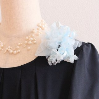 親子お揃い コサージュ ブルー 水色 小さい バラ 小花 コサージュ ケース付き