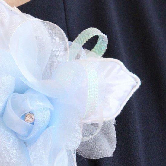 ブルー 水色 バラ 花びら 下がり付き コサージュ ケース付き【画像11】