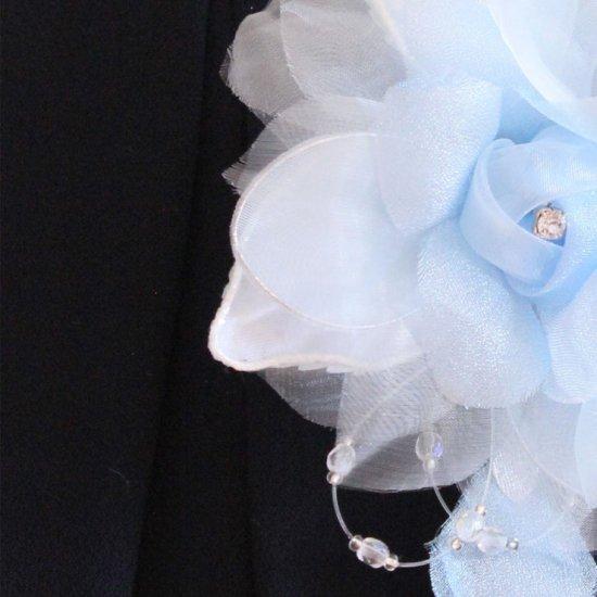 ブルー 水色 バラ 花びら 下がり付き コサージュ ケース付き【画像10】