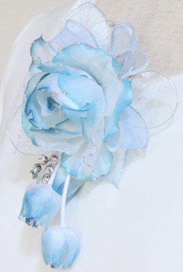 ブルー 水色 バラ グラデーション 下がり付き コサージュ ケース付き【画像6】