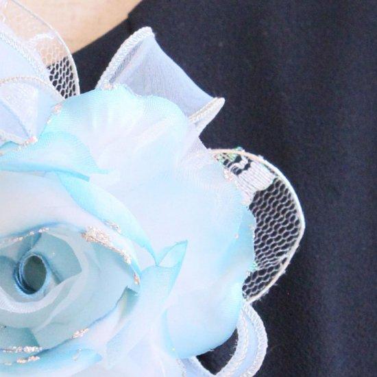 ブルー 水色 バラ グラデーション 下がり付き コサージュ ケース付き【画像10】