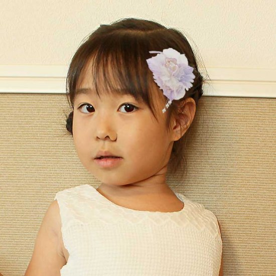 小さな バラ の フォーマルコサージュ ケース付き【画像4】