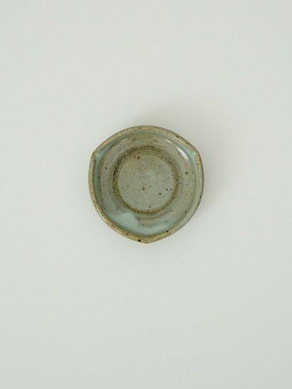 [別所窯]藁灰釉三稜豆皿