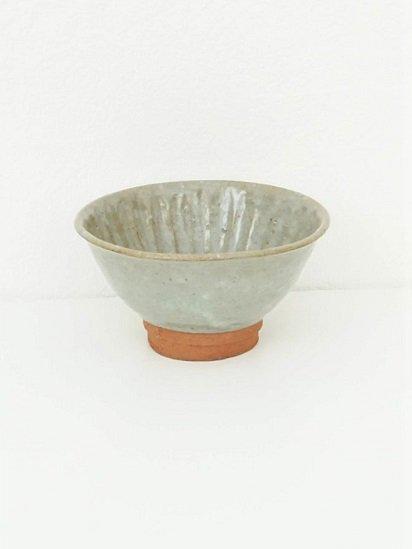 [竹内玄太郎]灰釉しのぎ飯茶碗