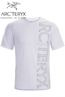 <img class='new_mark_img1' src='https://img.shop-pro.jp/img/new/icons1.gif' style='border:none;display:inline;margin:0px;padding:0px;width:auto;' />Macro T-Shirt SS Mens White