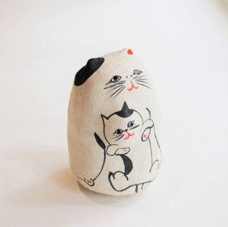 コシェルドゥの起き上がり人形 親子猫